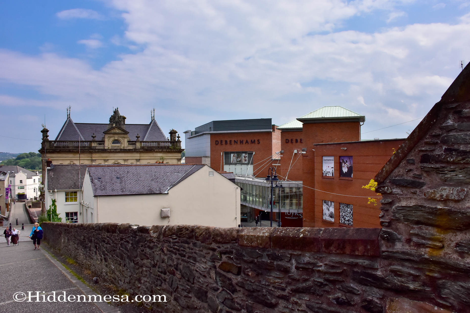 Walking on the Derry Wall
