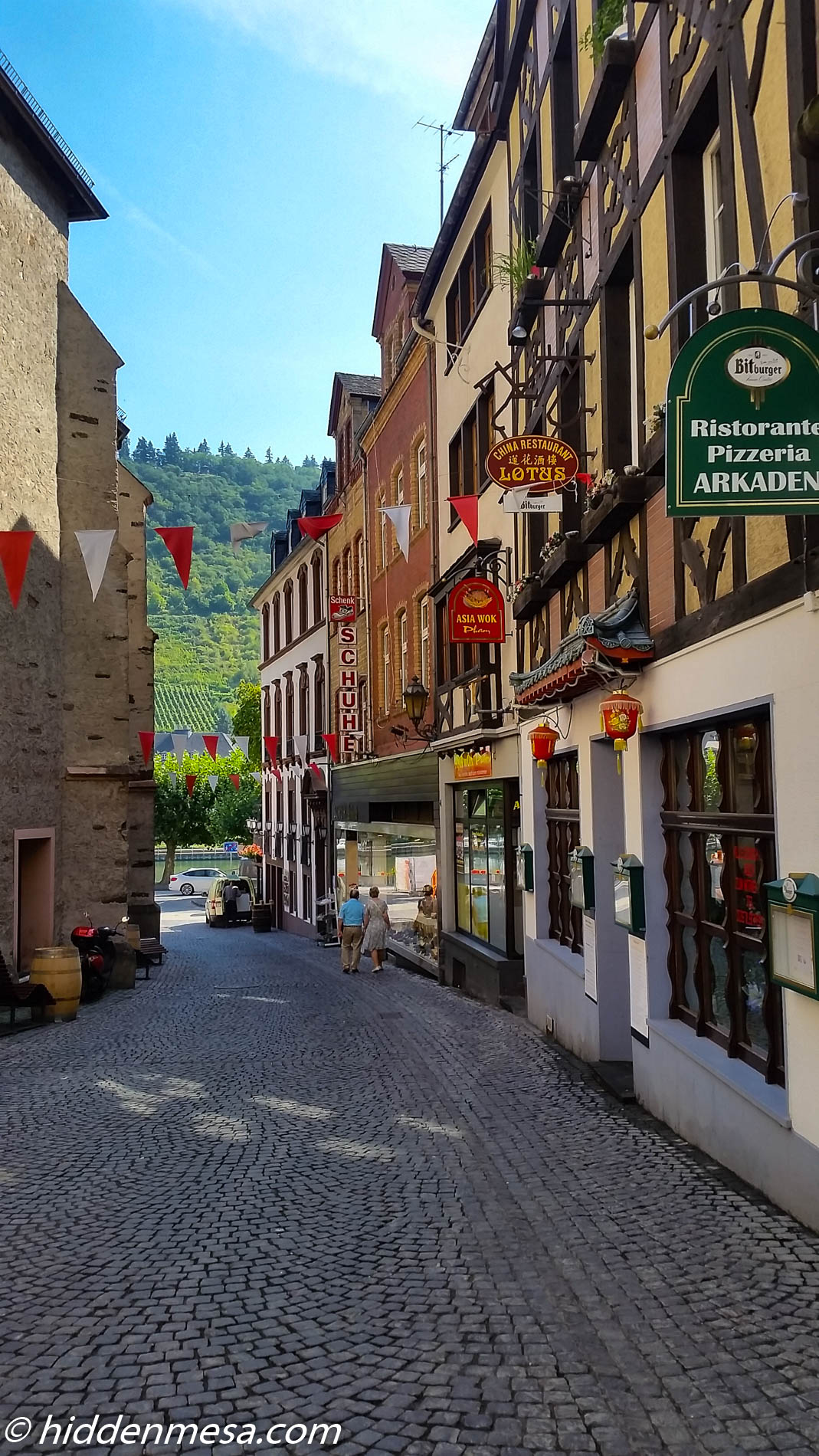 Cochem Restaurants and Stores