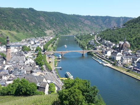 View of Cochem Germany from the Cochem Castle, 100 meters above the River Mozel. Image by Bonnie Fink